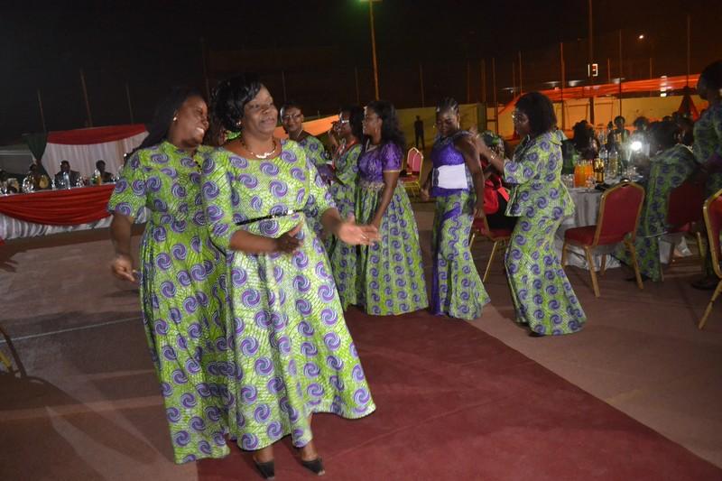 Pas de danse des femmes de la SONABHY